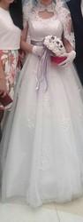 продам свадебное платье. с накидкой осенне зимней